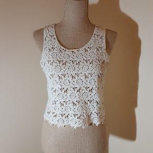 Nella Fantasia eggshell lace crop to p size S/M